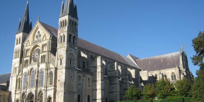 Reims, ses alentours, ses champagnes et ses trésors d'architecture