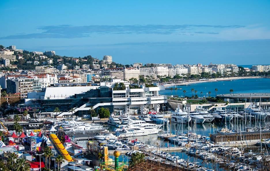 visitez Cannes avec un chauffeur privé